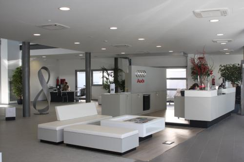 audi-interni-banco reception