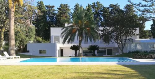 villa moderna - piscina - giardino
